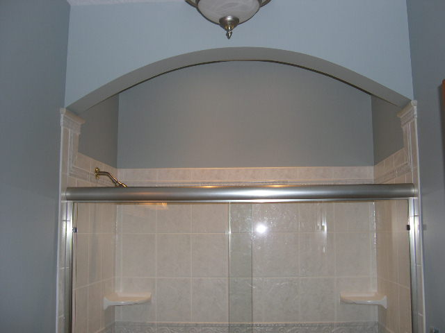 arched bulkhead shower